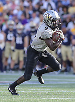 Annapolis, MD - October 21, 2017: UCF Knights running back Adrian Killins Jr. (9) runs for a touchdown during the game between UCF and Navy at  Navy-Marine Corps Memorial Stadium in Annapolis, MD.   (Photo by Elliott Brown/Media Images International)