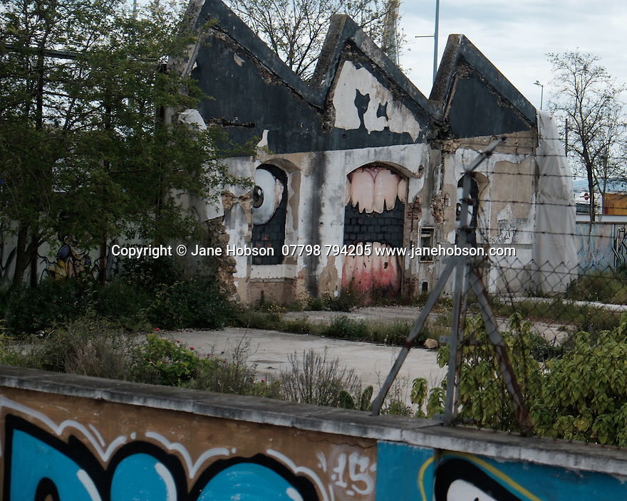 Lisbon, Portugal. 18.04.2016. Street art, derelict building, Lisbon. Photograph © Jane Hobson.