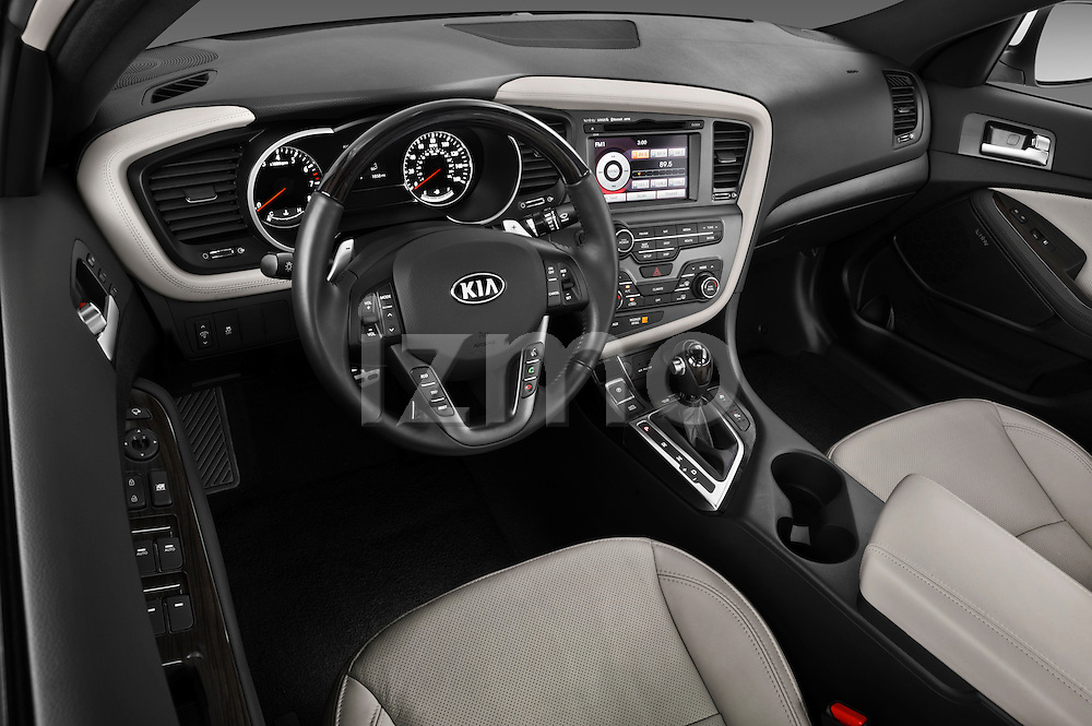 High angle dashboard view of a 2013 Kia Optima SXL