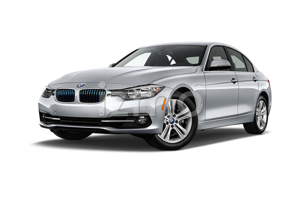Stock pictures of low aggressive front three quarter view of 2017 BMW 3-Series 330e-iPerformance 4 Door Sedan Low Aggressive