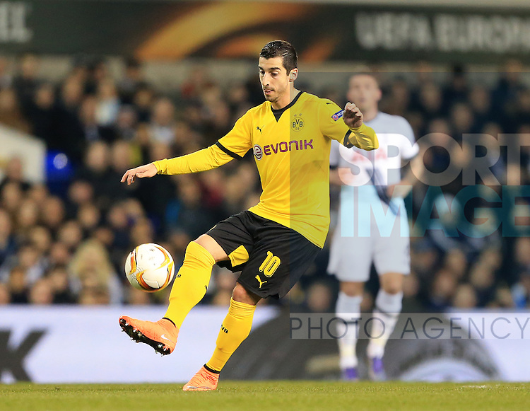 Dortmund's Henrikh Mkhitaryan in action during the Europa League match at White Hart Lane Stadium.  Photo credit should read: David Klein/Sportimage