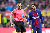 FC Barcelona's Leo Messi have words with the Spanish referee Gil Manzano during La Liga match. March 4,2018. (ALTERPHOTOS/Acero) /NortePhoto.com NORTEPHOTOMEXICO