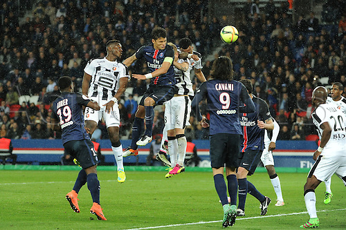 29.04.2016. Paris, France. French league 1 football. Paris St German versus Rennes.  THIAGO SILVA (psg) wins the header from Joris GNAGNON (ren)