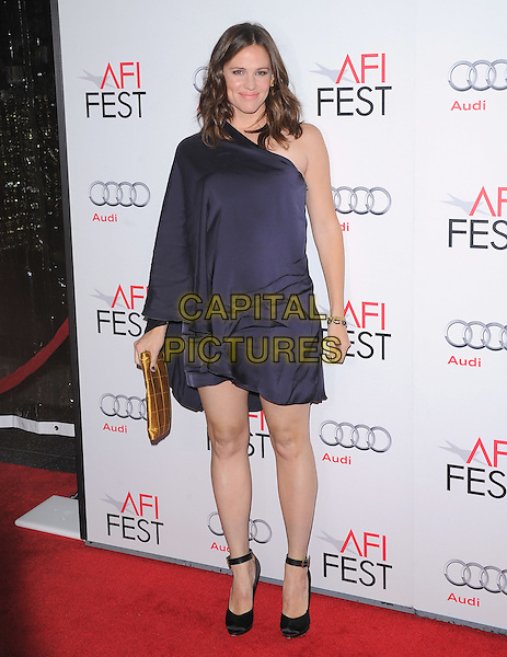 "Jennifer Garner.AFI Fest 2011 Premiere Of ""Butter"" Held At Grauman's Chinese Theatre, Hollywood, California, USA..November 6th, 2011.full length black one shoulder dress  pregnant ankle strap shoes yellow clutch bag blue.CAP/RKE/DVS.©DVS/RockinExposures/Capital Pictures."