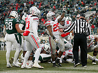 Ohio State Buckeyes running back Mike Weber Jr. (25) waves to the crowd after scoring a touchdown during the fourth quarter of the NCAA football game against the Michigan State Spartans at Spartan Stadium in East Lansing, Mich. on Nov. 10, 2018. Ohio State won 26-6. [Adam Cairns/Dispatch]