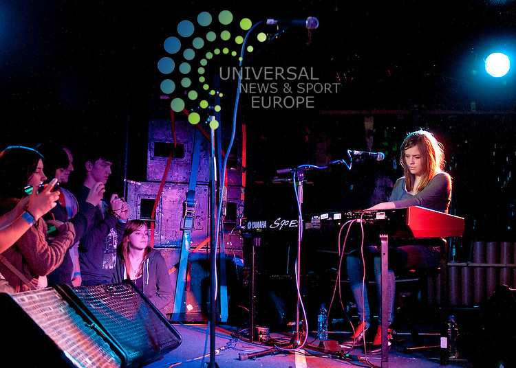 Gabrielle Aplin plays live at King Tut's Wah Wah Hut Glasgow...Picture: Peter Copeland  Universal News and Sport (Scotland)
