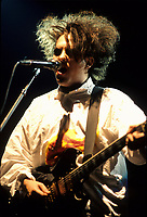 The Cure au Forum de Montreal, 2 aout 1987<br /> <br /> PHOTO : Agence Quebec Presse