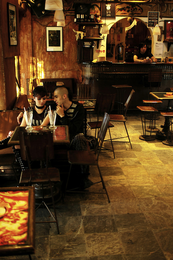 """clients at cafe Bizarro in Colonia Roma which is frequented by """"Darkies"""" or """"Goths"""", Mexico City August 28, 2005"""