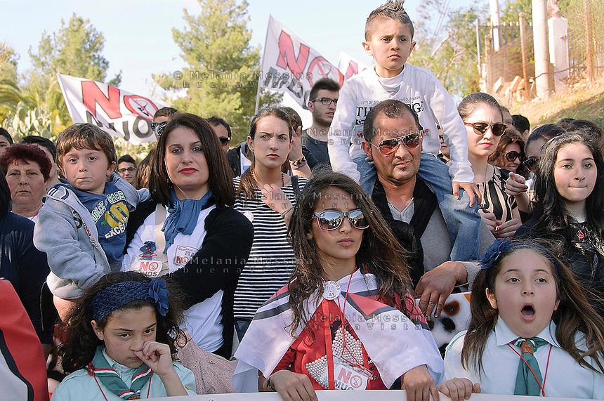 Niscemi: manifestazione contro l'installazione del MUOS.<br /> Niscemi: march against the installation of MUOS