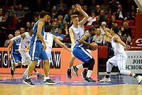 GRONINGEN - Basketbal, Donar - Fribourg, tweede voorronde Champions League, seizoen 2018-2019, 25-09-2018,  Donar speler Thomas Koenes en Donar speler Arvin Slagter verdedigen