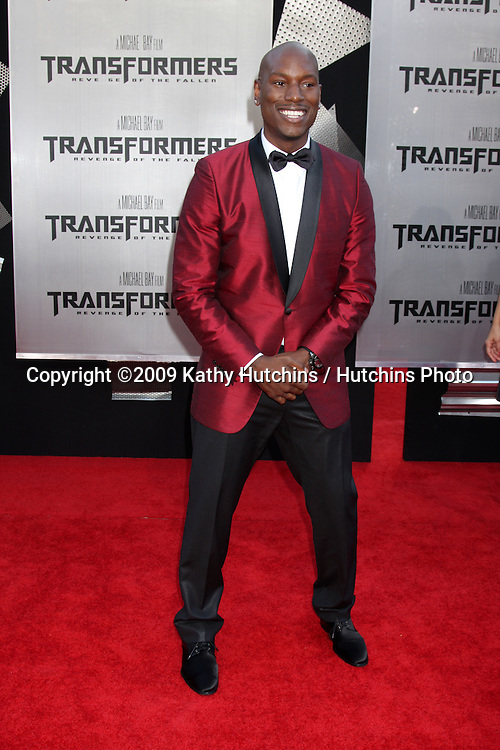 """Tyrese Gibson arriving at the """"Transformers: Revenge of the Fallen"""" Premiere at the Mann's Village Theater in Westwood, CA  on June 22, 2009.  .©2009 Kathy Hutchins / Hutchins Photo"""