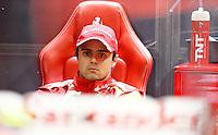 SAO PAULO, SP, 23.11.2013 - F1 - TREINOS LIVRES -  O piloto brasileiro Felipe Massa, da Ferrari, durante o treino livre deste sábado (23) para o Grande Prêmio do Brasil de Fórmula 1, no autódromo de Interlagos, na zona sul de São Paulo. O treino de classificação para a corrida, que ocorre amanhã, começa hoje a partir das 14h. (Foto: Lukas Gorys / Brazil Photo Press).