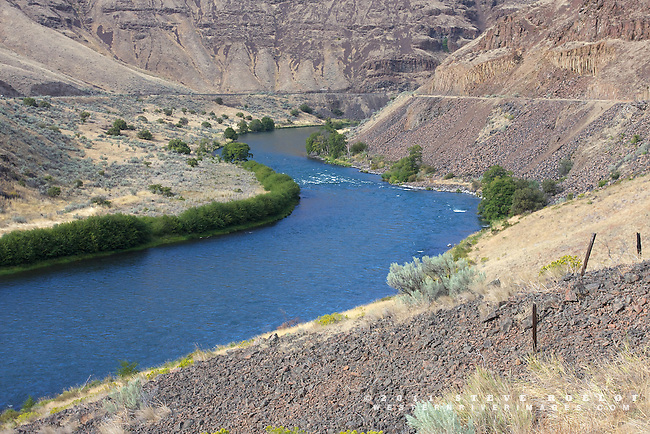 The rugged landscape of the lower Deschutes canyon.