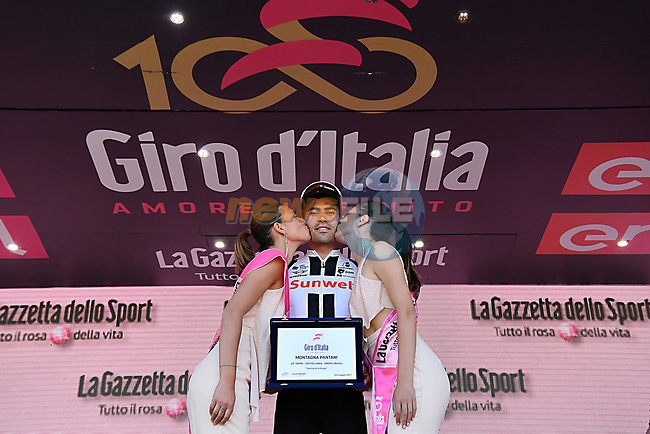 Race leader Maglia Rosa Tom Dumoulin (NED) Team Sunweb wins Stage 14 and also the Marco Pantani prize of the 100th edition of the Giro d'Italia 2017, running 131km from Castellania to Oropa, Italy. 20th May 2017.<br /> Picture: LaPresse/Gian Mattia D'Alberto | Cyclefile<br /> <br /> <br /> All photos usage must carry mandatory copyright credit (&copy; Cyclefile | LaPresse/Gian Mattia D'Alberto)