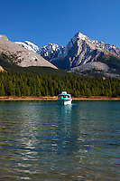 Tour boat on Maligne Lake, Jasper National Park, Alberta, Canada.