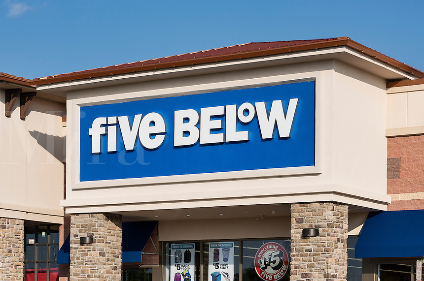 Five Below store, Mount Laural, New Jersey, USA
