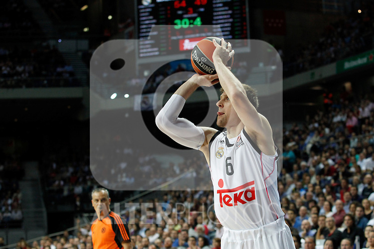 Basketball Real Madrid´s Nocioni during Euroleague basketball match in Madrid, Spain. October 17, 2014. (ALTERPHOTOS/Victor Blanco)