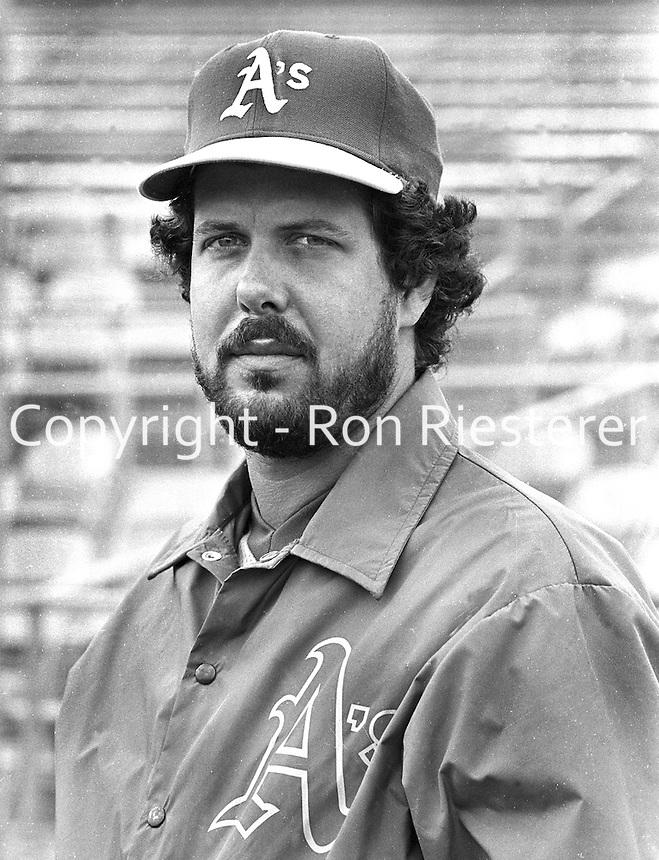 Oakland A's pitcher Bo McLaughlin (1981 photo by Ron Riesterer/Oakland Tribune)
