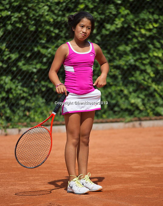 05-08-13, Netherlands, Dordrecht,  TV Desh, Tennis, NJK, National Junior Tennis Championships, Lian Tran<br /> <br /> <br /> Photo: Henk Koster