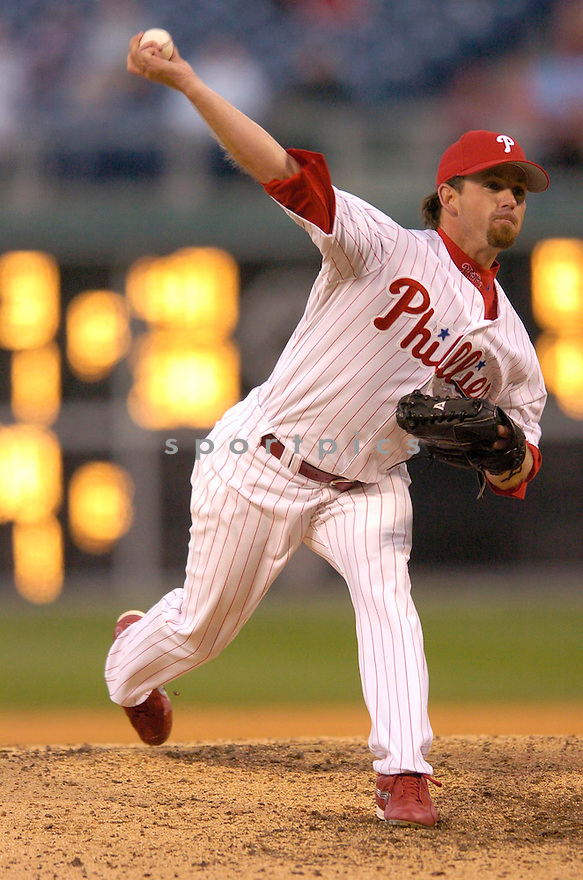 Geogg Geary, of the Philadelphia Phillies in action against the LA Dodgers in Philadelphia on April 9, 2006...Dodgers win 6-2..Chris Bernacchi / SportPics..
