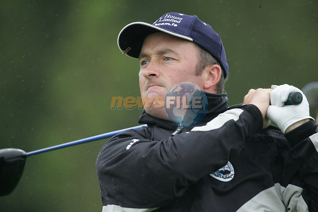 Damien McGrane tees off on the 1st hole to start his first round of the Smurfit Kappa European Open at The K Club, Strffan,Co.Kildare, Ireland 5th July 2007 (Photo by Eoin Clarke/NEWSFILE)