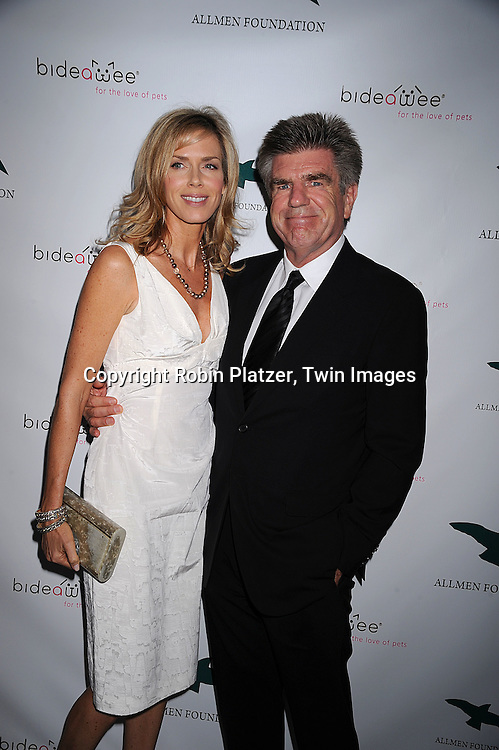 "Kathy and Tom Freston..posing for photographers at The ""Bideawee Ball: For The Love of Pets"" Gala on  May 6, 2008 at Espace at The Atelier in New York City. ....Robin Platzer, Twin Images"