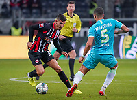 Andre Silva (Eintracht Frankfurt) gegen Jeffrey Bruma (VfL Wolfsburg) - 23.11.2019: Eintracht Frankfurt vs. VfL Wolfsburg, Commerzbank Arena, 12. Spieltag<br /> DISCLAIMER: DFL regulations prohibit any use of photographs as image sequences and/or quasi-video.