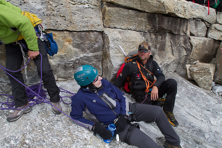 A tired Sherm Bull talks with Jeff Evans on the descent from Lobuche.