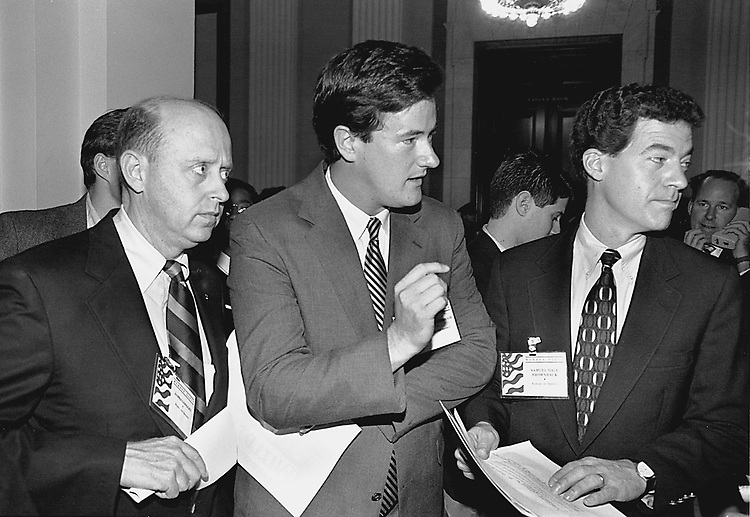 PRINT ORIGINAL.12/6/94.GOP LEADERSHIP CONFERENCE--Freshmen representatives James Longley, R-Maine, Joe Scarborough, R-Fla., and Sam Brownback, R-Kan., talk to reporters..CONGRESSIONAL QUARTERLY PHOTO BY KATHLEEN R. BEALL