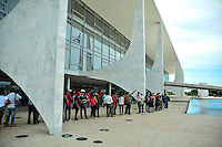 BRASÍLIA, DF, 30.03.2016 – MOVIMENTO-SOCIAIS – Movimentos sociais antes da Cerimônia de lançamento do Programa Minha Casa Minha Vida 3, na manhã desta quarta-feira, 30, no Palácio do Planalto em Brasília. (Foto: Ricardo Botelho/Brazil Photo Press)