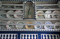 Europe/France/Bretagne/29/Finistère/Ile d'Ouessant: - Maison - Musée des Traditions Ouessantines - détail mobilier - vaisselier