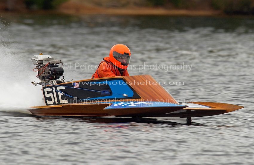 51-E     (Outboard Hydroplane)