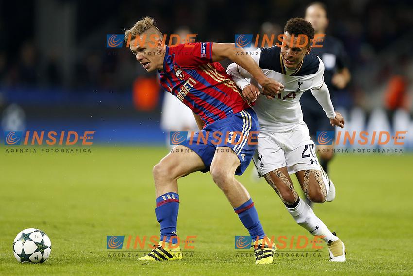 CSKA Moscow's Pontus Wernbloom (L) and Tottenham Hotspur's Dele Alli <br /> Mosca 28-09-2016 <br /> CSKA - Tottenham Hotspurs<br /> Foto ITAR TASS / Panoramic / Insidefoto <br /> ITALY ONLY