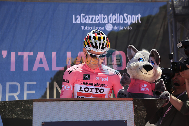 Race leader Maglia Rosa Andre Greipel (GER) Lotto-Soudal signs on in Arbatax before the start of Stage 3 of the 100th edition of the Giro d'Italia 2017, running 148km from Tortoli to Cagliari, Sardinia, Italy. 7th May 2017.<br /> Picture: Eoin Clarke | Cyclefile<br /> <br /> <br /> All photos usage must carry mandatory copyright credit (&copy; Cyclefile | Eoin Clarke)