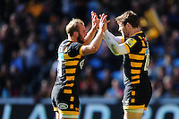 Elliot Daly of Wasps celebrates his try with team-mate Dan Robson. Aviva Premiership match, between Wasps and Harlequins on October 2, 2016 at the Ricoh Arena in Coventry, England. Photo by: Patrick Khachfe / JMP