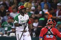 Ronier Mustelier de Mexico, durante el  partido final de la Serie del Caribe en el nuevo Estadio de  los Tomateros en Culiacan, Mexico, Martes  7 Feb 2017. Foto: AP/Luis Gutierrez