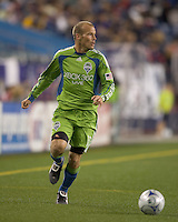 Seattle Sounders midfielder Freddie Ljungberg (10) looks to cross. The New England Revolution defeated Seattle Sounders, 2-1, at Gillette Stadium on September 26, 2009.