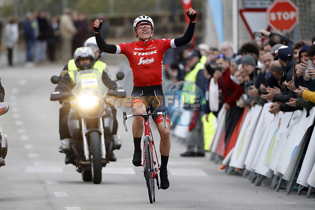 Toms Skujins (LAT) rounded off an impressive display of teamwork to take his 1st victory in the Trek-Segafredo stripes at the Trofeo Lloseta to Andratx, the 3rd day of the Mallorca Challenge. 28th January 2018.<br /> Picture: Luis Angel Gomez/BettiniPhoto | Cyclefile<br /> <br /> <br /> All photos usage must carry mandatory copyright credit (&copy; Cyclefile | Luis Angel Gomez/BettiniPhoto)