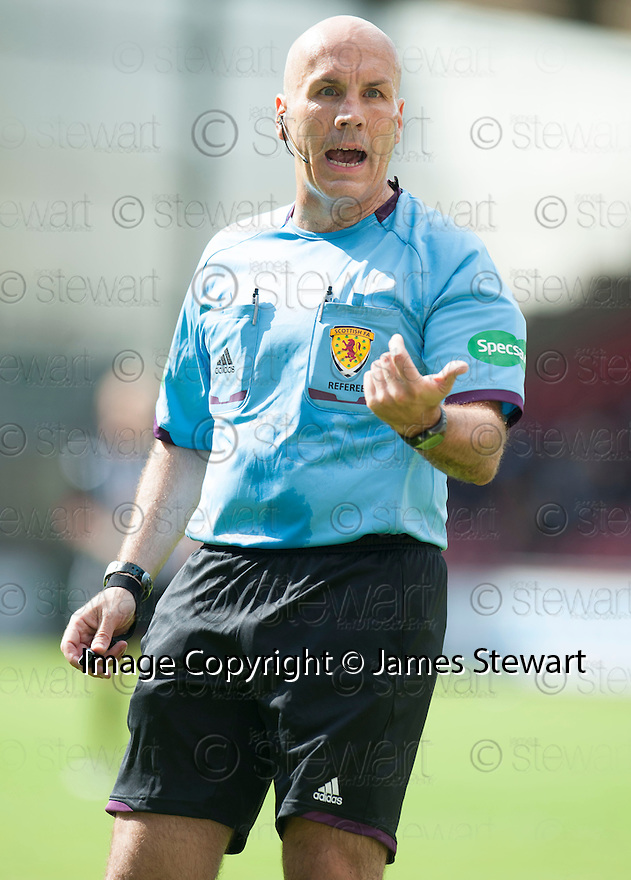 Referee Stephen Finnie.
