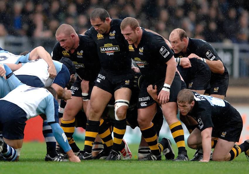 Photo: Richard Lane..London Wasps v Castres Olympique. Heineken Cup. 22/10/2006. .Wasps' front row, (lt to rt) Phil Vickery, Raphael Ibanez and Tim Payne.