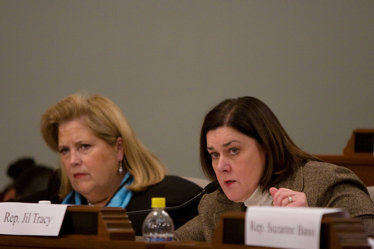 Rep. Jil Tracy, R-Quincy, right, questions Vicki Thomas, executive director of the Joint Committee on Administrative Rules, a bipartisan legislative oversight committee, during impeachment hearings for Illinois governor Rod Blagojevich. Rep. Patti Bellock, R-Westmont, is at left. The Blagojevich administration funded controversial programs not approved by JCAR..Kristen Schmid Schurter