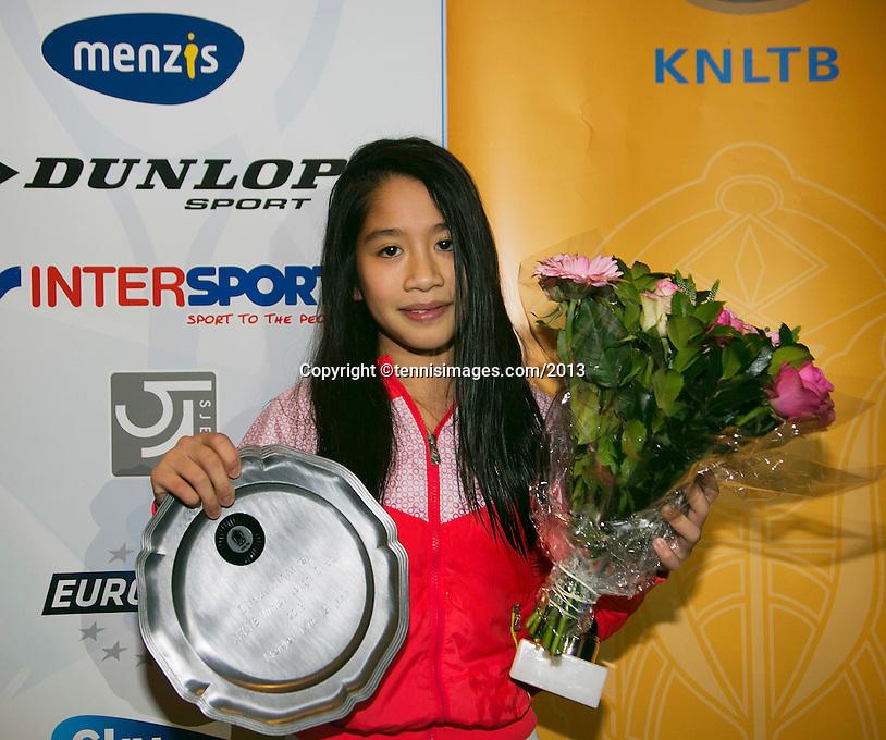 01-12-13,Netherlands, Almere,  National Tennis Center, Tennis, Winter Youth Circuit, Winner : Lian Tran  <br /> Photo: Henk Koster