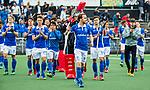 AMSTELVEEN - Vreugde bij Quirijn Caspers (Kampong)  en zijn teamgenoten  na  de  eerste finalewedstrijd van de play-offs om de landtitel in het Wagener Stadion, tussen Amsterdam en Kampong (1-1). Kampong wint de shoot outs.  COPYRIGHT KOEN SUYK