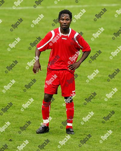 2008-08-14 / Voetbal / seizoen 2008-2009 / Tubantia Borgerhout / Abdul Senanu..Foto: Maarten Straetemans (SMB)