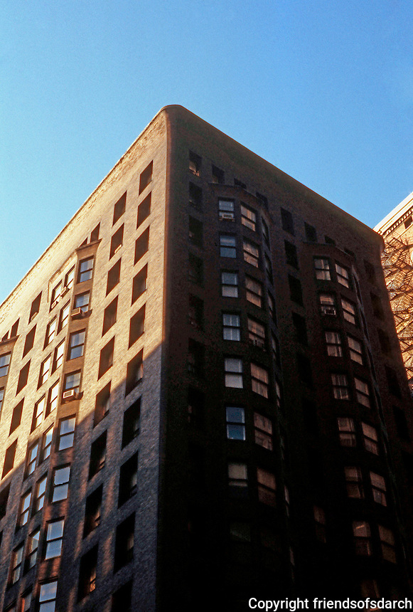 Burnham & Root: Monadnock Bldg. Upper stories.  Photo '77.
