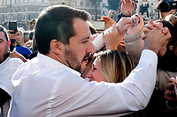 Matteo Salvini, leader of Lega Nord party and Minister of Internal Affairs shakes hands<br /> Rome December 8th 2018. Rally of Lega Nord Party 'Italians first' in Piazza del Popolo.<br /> Foto Insidefoto