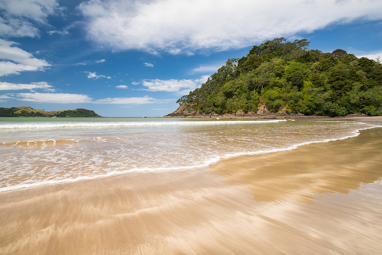 Photo of Teal Bay / Ngawai Bay, Northland Beach, Summer holidays  - stock photo, canvas, fine art print