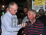 Gerry Kelly interviews Pete Mahon at the Drogheda United meet and greet night in Mother Hughes's. Photo:Colin Bell/pressphotos.ie