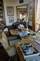 Europe/France/89/Yonne/Vézelay: La maison de Jules Roy - Le bureau de l'écrivain