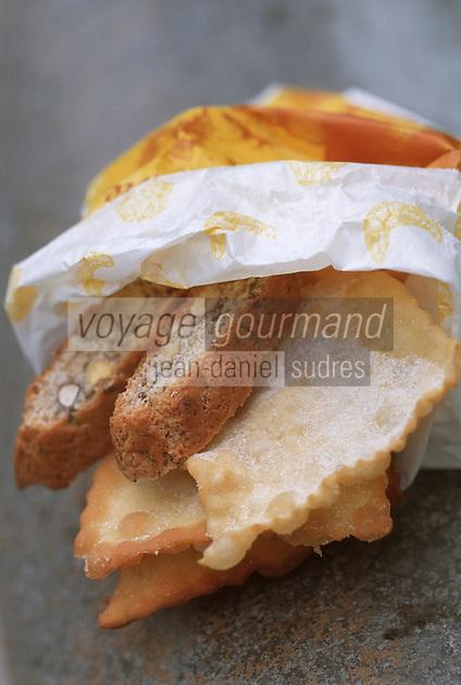 Europe/France/Languedoc-Roussillon/30/Gard/Uzès: Merveilles et gateaux provençaux de chez Jéome Dance, boulangerie Uzétienne 9 place aux Herbes